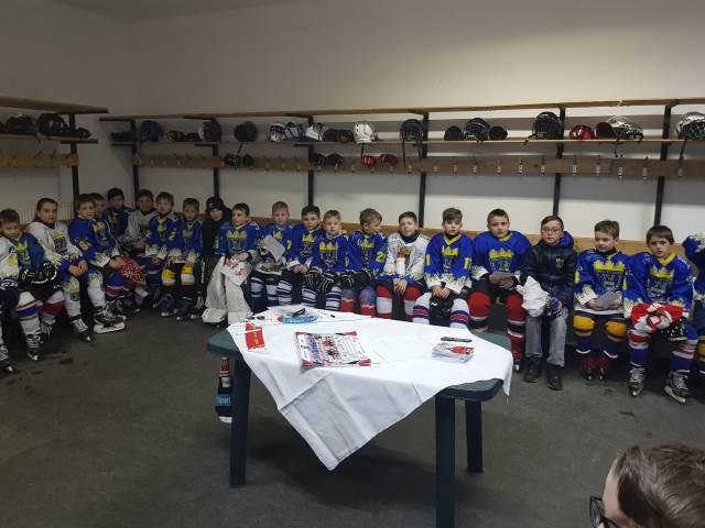 Radek Smoleňák na tréninku novoměstských hokejových nadějí